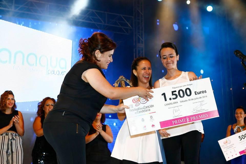 """Primer Premio XVII Festival de la Canción de Candelaria """"3 Hacia atrás"""" de Mª José Lugo y Marta Rosa Díaz"""